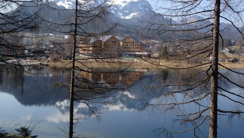 Vivamayr-altaussee-from-across-the-lake1